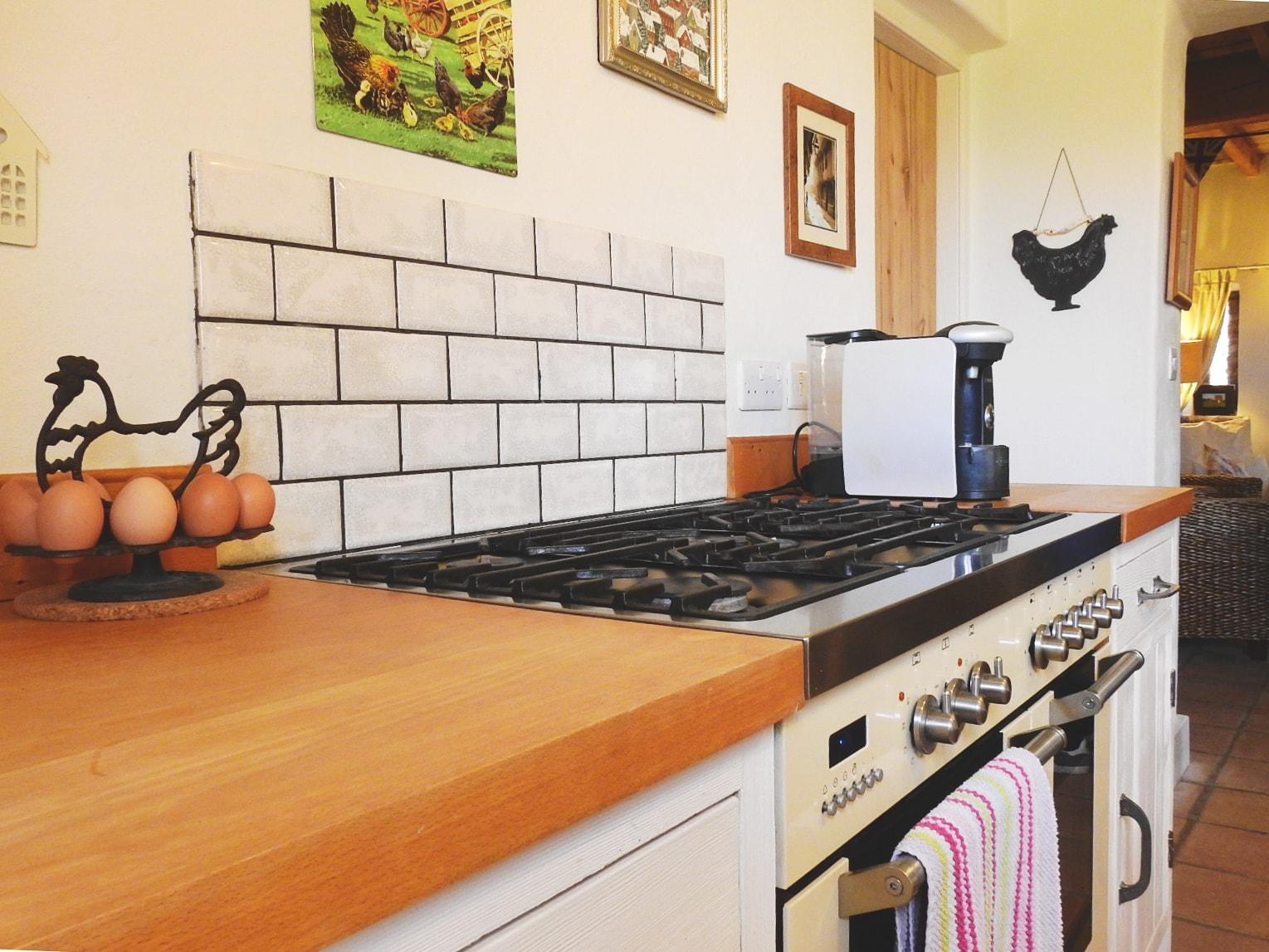kitchen2-min