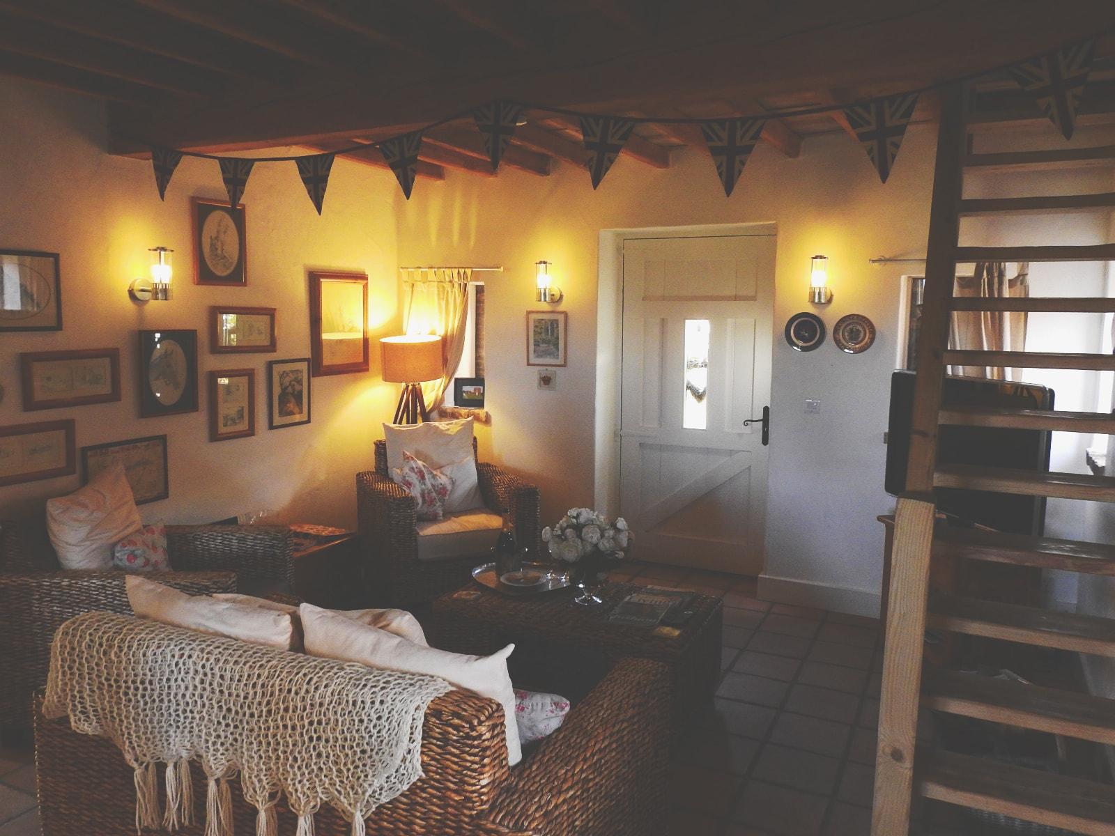 lounge2-min