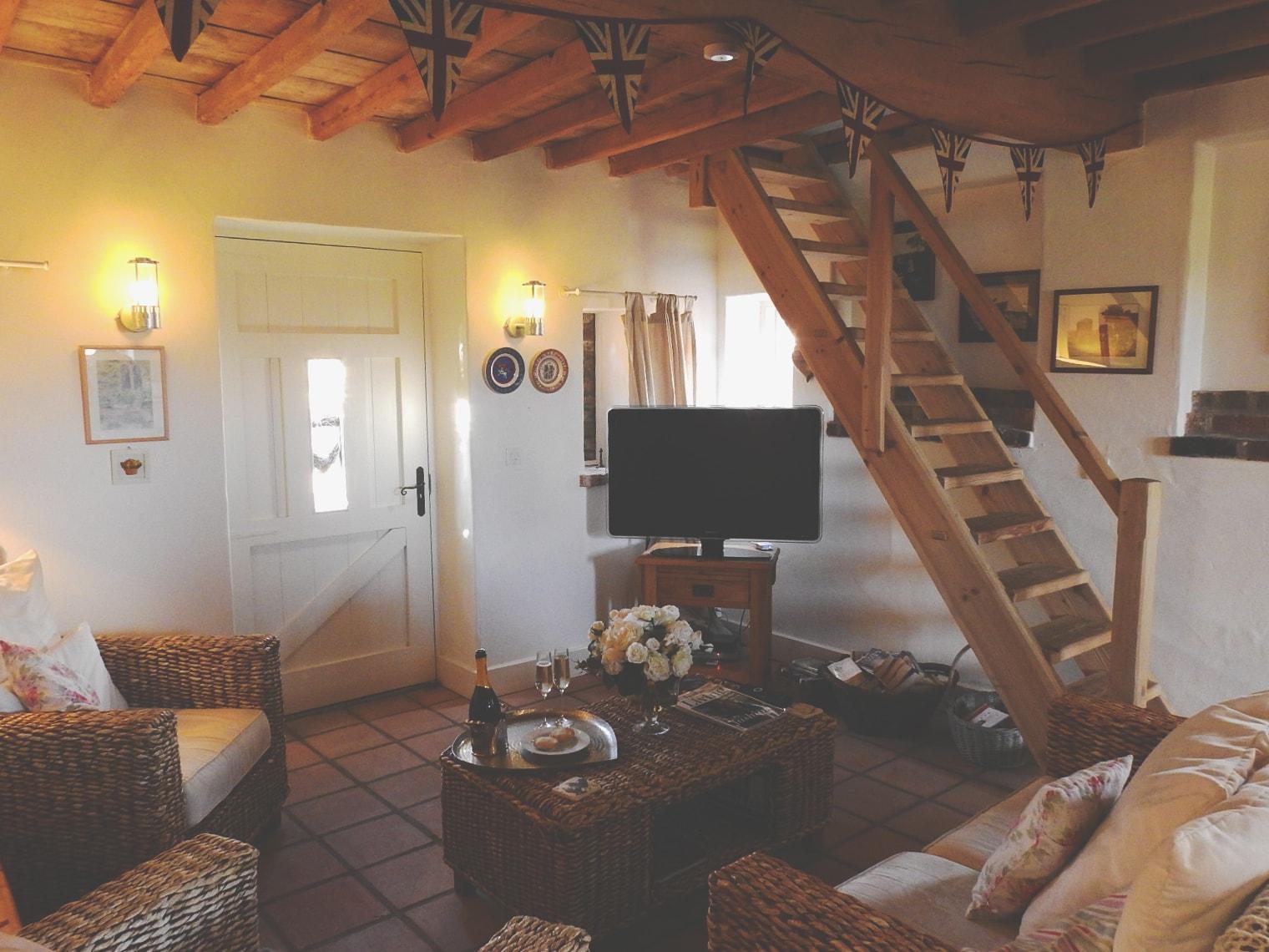 lounge3-min